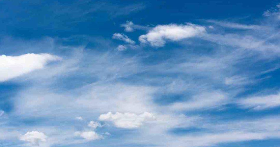 Comment voir les avions dans le ciel ?